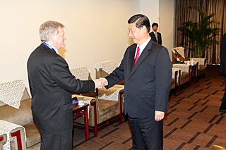 Brian Schmidt and Xi Jinping