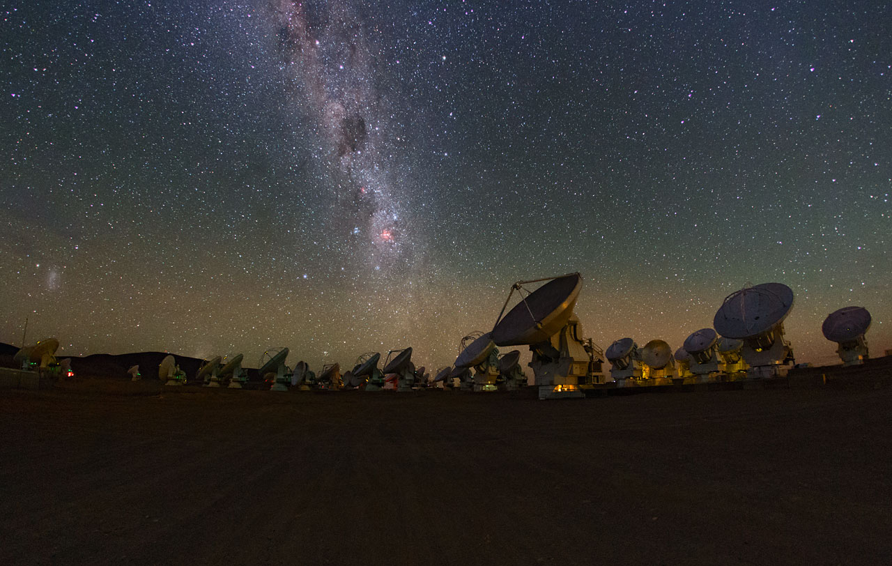 telescopes under the Milky way