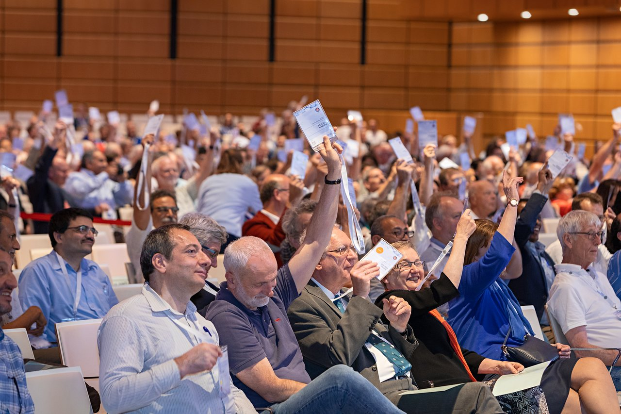 Voting session at the IAU GA 2018